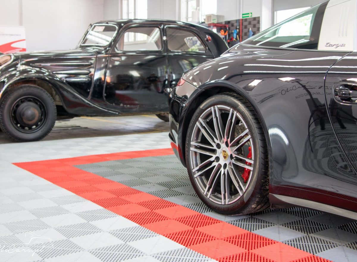 Detailing Porsche 911 Targa 4s