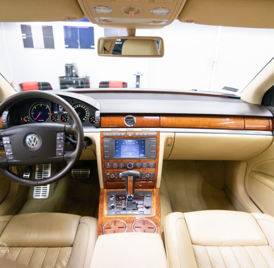wyczyszczone wnetrze VW Phaeton
