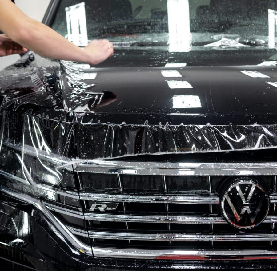profesjonalne oklejanie aut w Legnicy