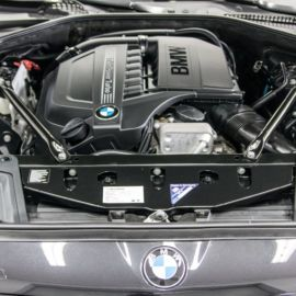 Detailing BMW 5 od Code My Bimmer - czyszczenie silnika